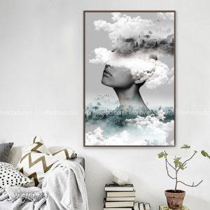 tranh cô gái và mây