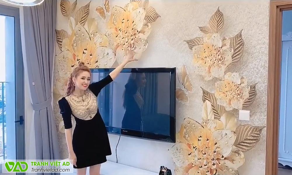 Diễn viên Phương Hằng (Phim Gạo Nếp Gạo Tẻ) chọn tranh dán tường VIỆT AD để trang trí nội thất căn hộ